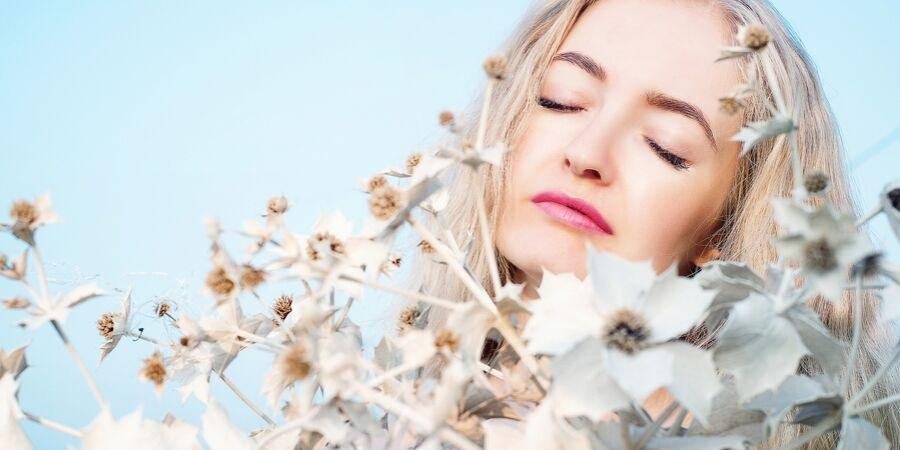 Jak należy dbać o skórę, aby długo pozostawała piękna?